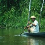 Pescatore sul Rio Delle Amazzoni